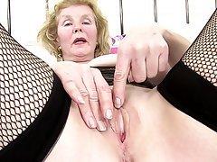 Amateur Granny Mature MILF Stockings