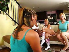 Big Boobs Big Butts Blonde Brunette Face Sitting