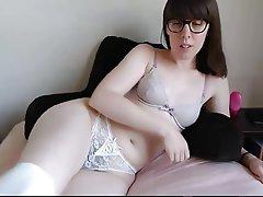 Amateur Brunette Hairy Masturbation Webcam
