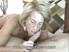 Amateur Granny Mature Threesome
