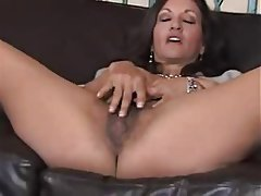 Close Up Hairy Mature MILF