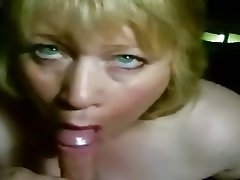 Amateur Blonde Mature MILF