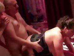 Amateur Bisexual Swinger